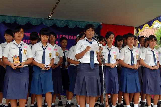 Contoh Pidato Singkat Acara Perpisahan Sekolah