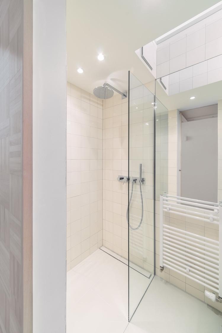 14-Spamroom-21sqm-Micro-Apartment-in-Moabit-Berlin-www-designstack-co