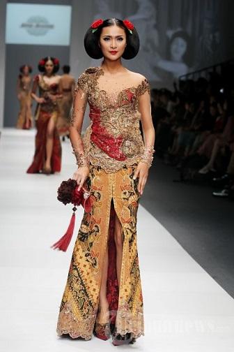 Model Kebaya Modern Akad Nikah Lengan Pendek Anne Avantie