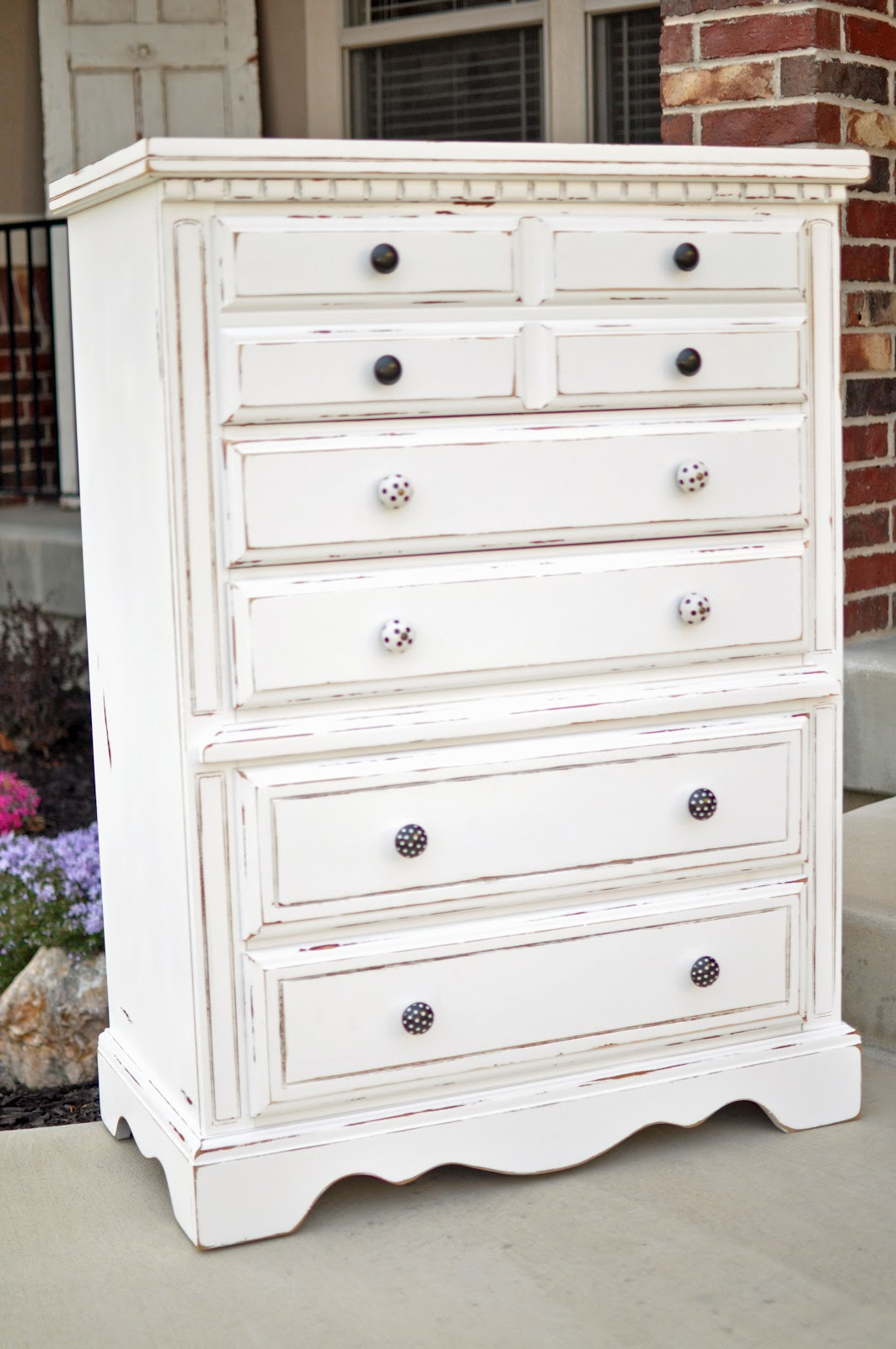 {Cleverly Crafty}: {Darling} WhITe ChEst Of DrAwERs