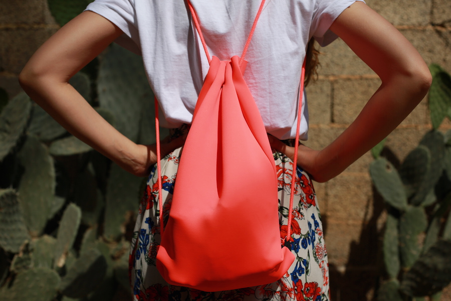 fashion blogger triangl