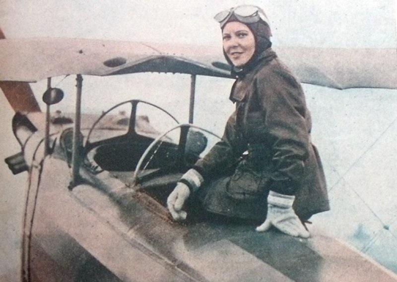 Sabiha Gökçen, Pilot Pesawat Tempur Wanita Pertama di Dunia
