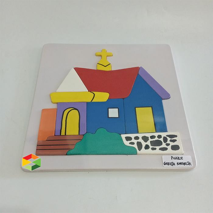 Puzzle Gereja Katolik