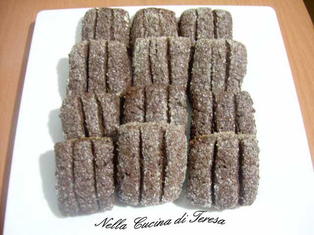 Nella cucina di teresa biscotti di semola al cioccolato - Nella cucina di teresa ...