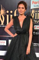 Esha Gupta in a Deep Neck Sleeveless Dark Green Gown at IIFA Utsavam Awards 2017     45.JPG