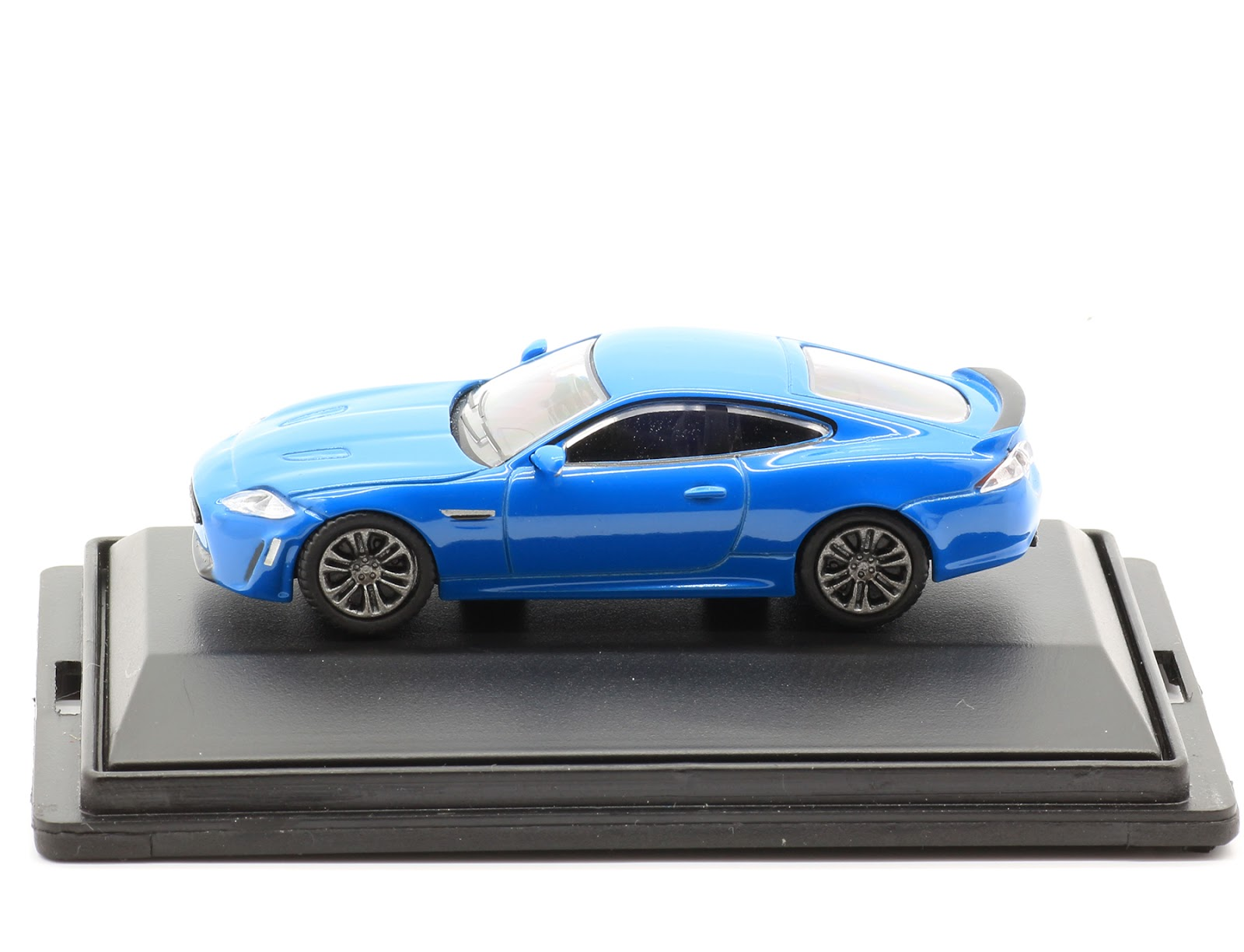 Incredible Mini Garage Jaguar Xkr S 2013 Oxford 1 76