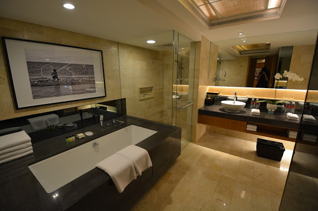 grand hyatt bali hotel resort bathroom review