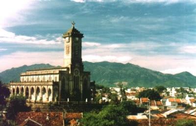 Image result for nhà thờ Đá Nha Trang