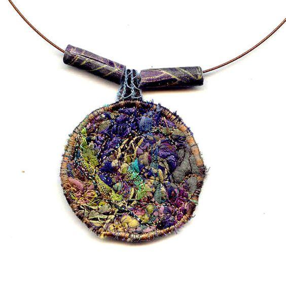 biżuteria ze szmatek