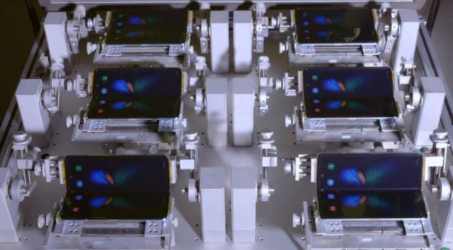 هاتف سامسونج المذهل يتحمل الطي 200 ألف مرة (فيديو)