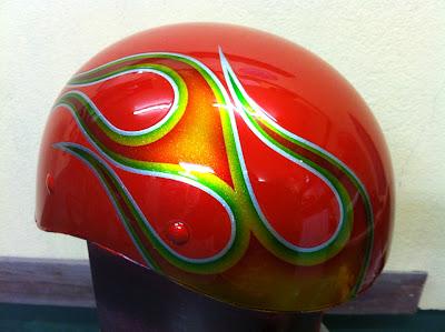 1261121820 - カスタムペイント工程  ダックテールヘルメット 奈良フレイムス