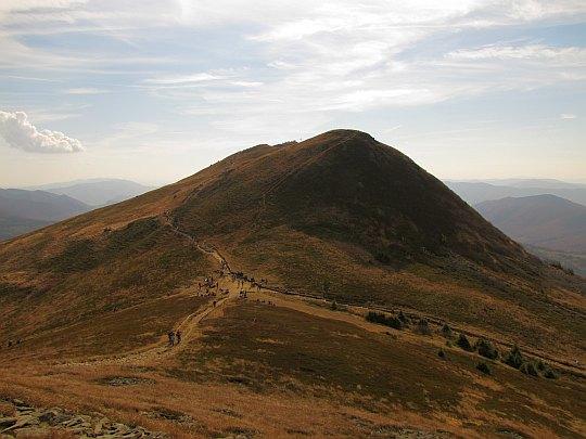 Przełęcz pod Tarnicą (1275 m n.p.m.).