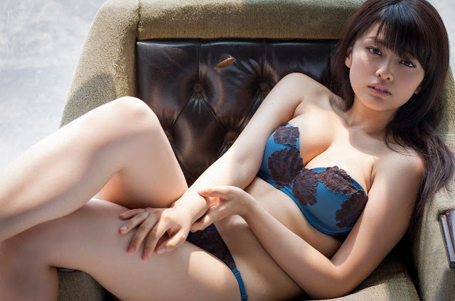 Mari Yamachi 山地まり Sexy Lingerie Images 12