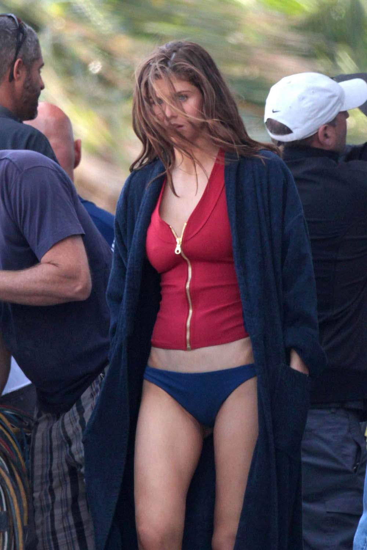 alexandria daddario sexy bikini pics 04