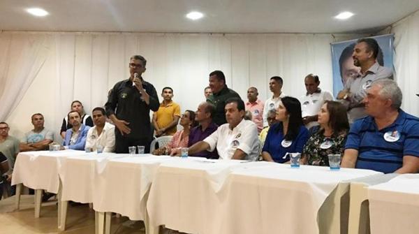 Coronel Azevedo diz que Fátima tem apoio das facções e Carlos Eduardo é o 'candidato da ordem'