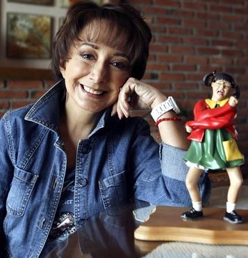 Foto de María Antonieta de las Nieves con nuevo look