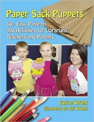 Paper Sack Puppets: Review l LadyD Books