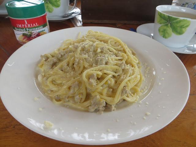 спагетти с рубленой говядиной на Самуи