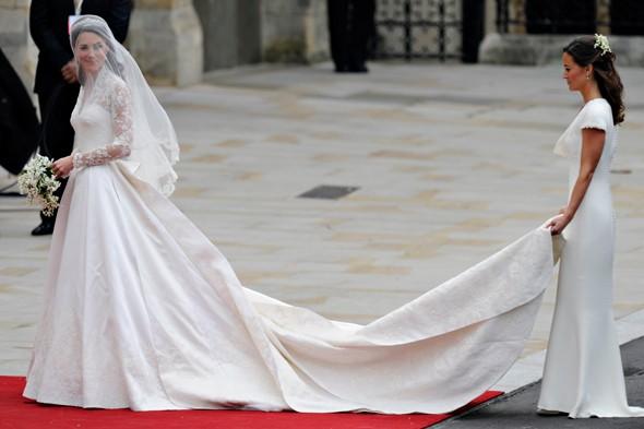 Rebecca: Wedding Dress