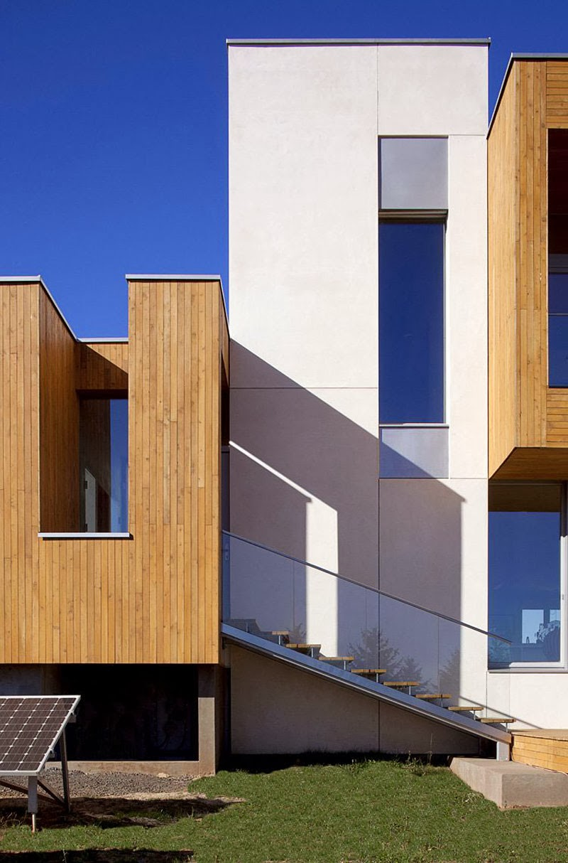 Luxury residential and minimalist - Karuna House by Holst ...