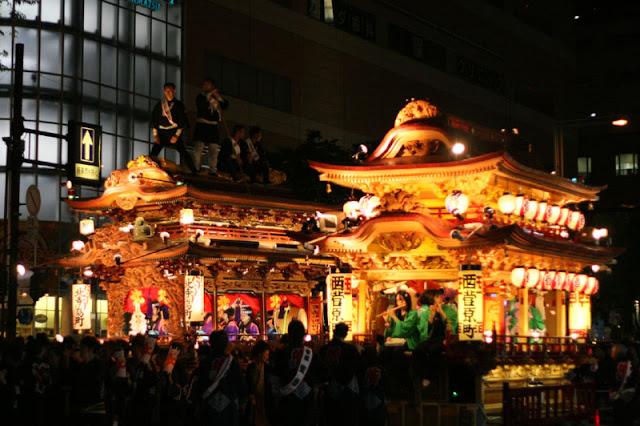Odakoage (Kite Fighting Festival), Hamamatsu City, Shizuoka Pref.