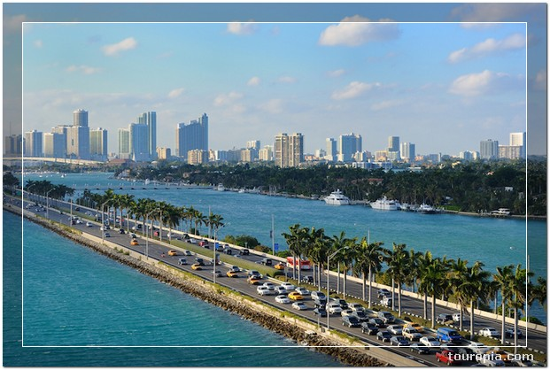 Miami - 10 Stunningly Beautiful Best Places to Travel in the USA