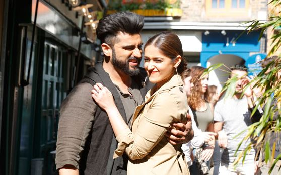 X MOVIE SITE Mubarakan Movie
