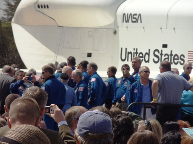 astronauts in space blowing nose - photo #42