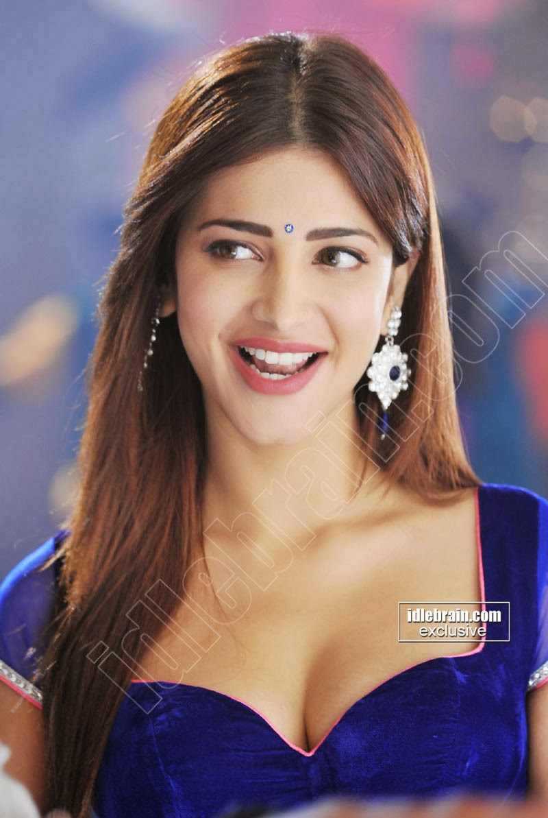 Shruthi Hassan Wallpapers Shruthi Hassan Hot Cleavege And -2853