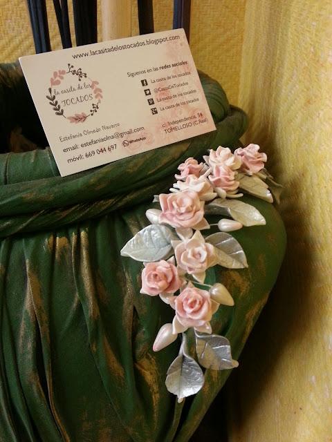 Peineta de novia realizada en porcelana fria por encargo