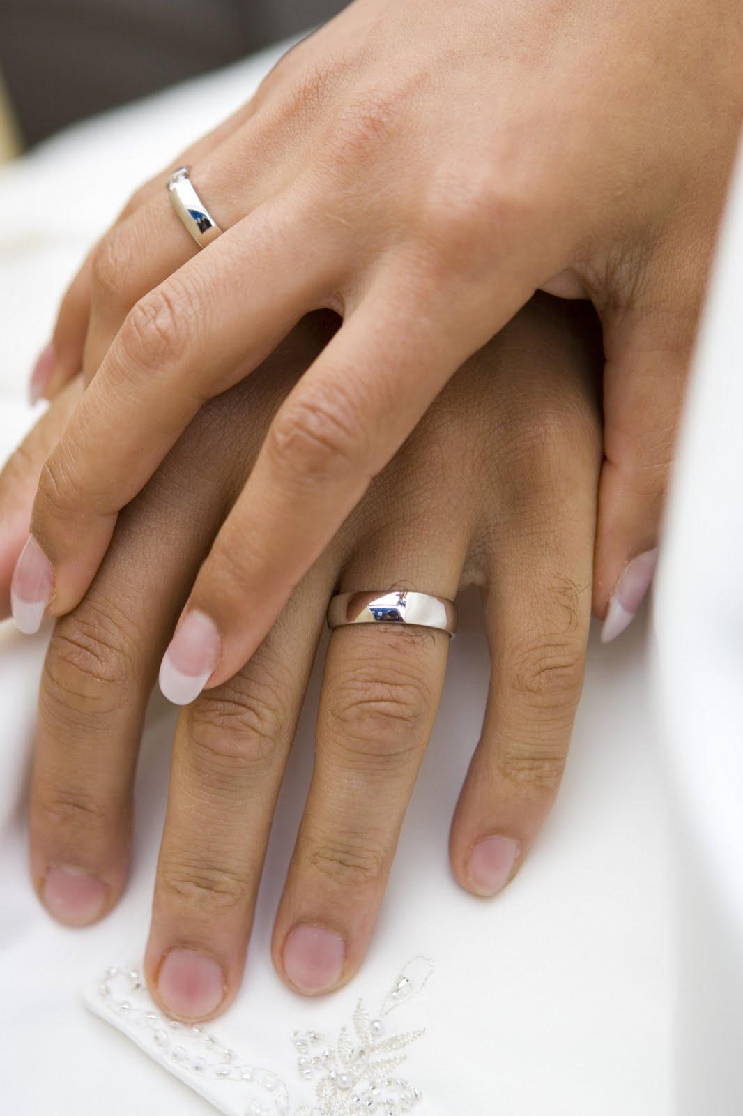 Simple wedding ring for men