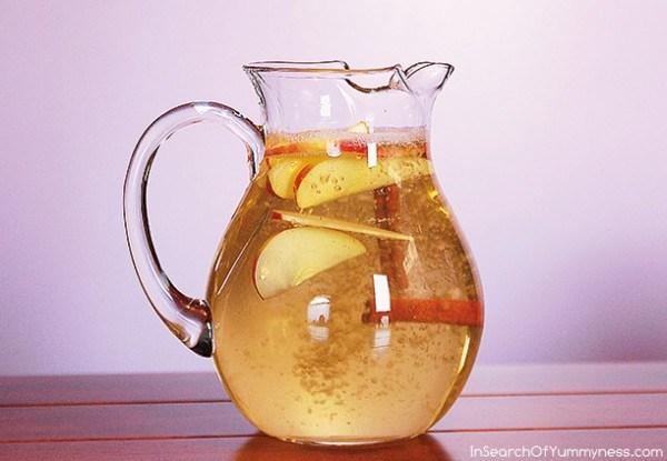 Νερό Κανέλας με Μήλο και Λεμόνι