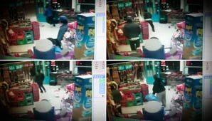 Las cámaras de seguridad del comercio grabaron el instante en que recibe el impacto en la cabeza