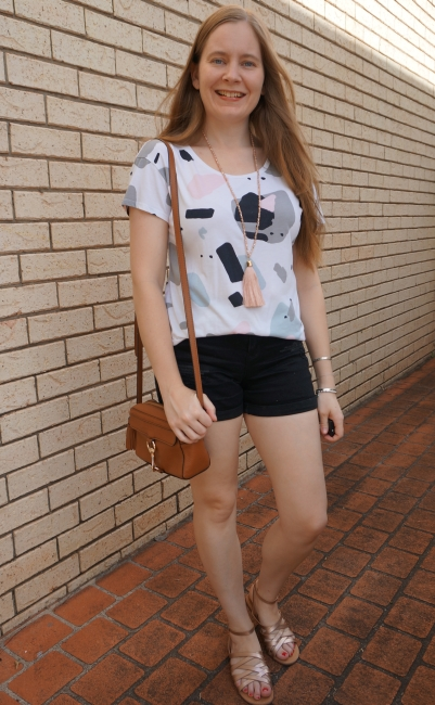 thrifted printed tee black distressed denim shorts gold sandals rebecca minkoff mab camera bag summer style | awayfromblue