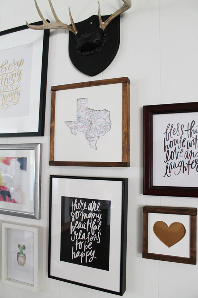 Cinsarah: Our Living Room Gallery Wall