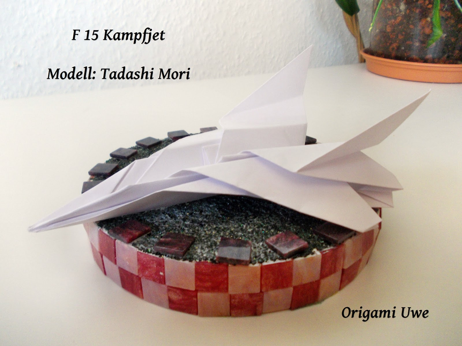 Flyable Origami F-15 Eagle by: Ken Hmoob - YouTube | 1200x1600