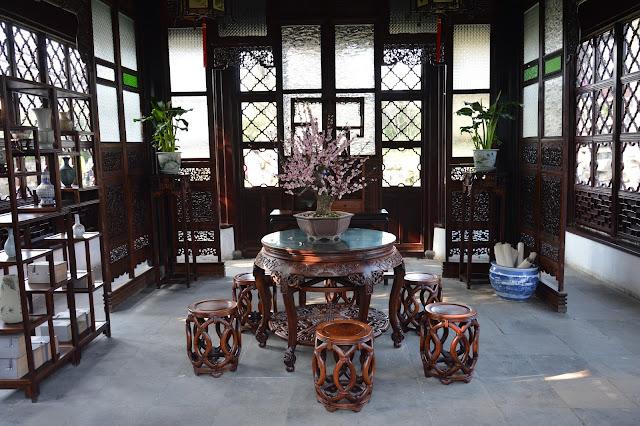 Mobilier au jardin de l'humble administrateur à Suzhou
