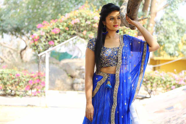 Anchor Sreemukhi Latest photos in Pataas 400 Episode
