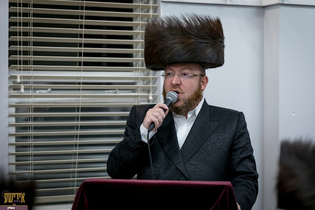 הרבני הנגיד ר' אהרן נאה טרעט אויף