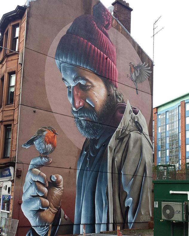 Mural fotográfico realista por 'Snug' en las calles de Glasgow