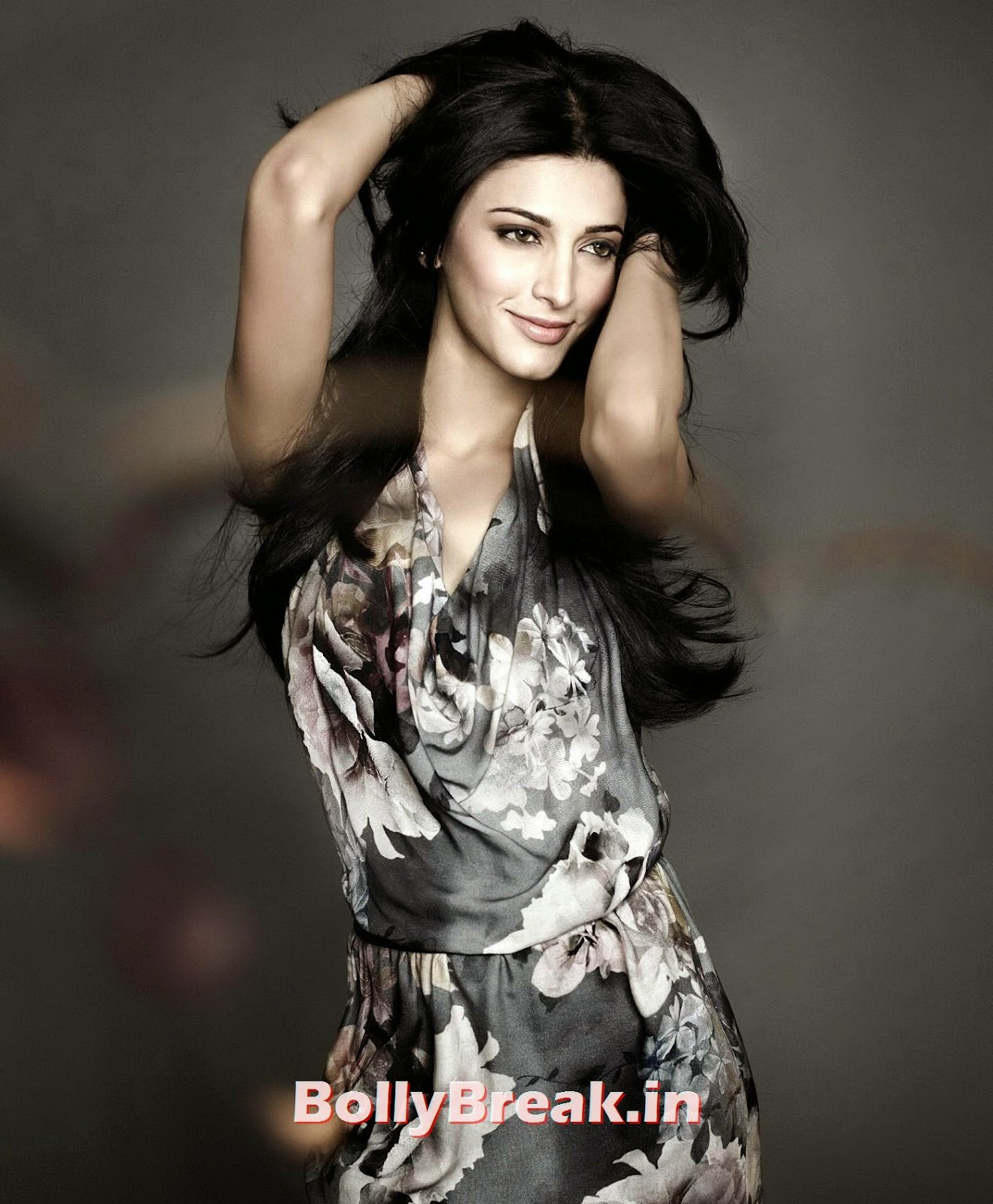 ,  Shruti Hassan Hottest HD Pics - Sexy Photo Gallery