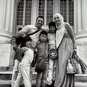 Model Hijab Modis Stylish Artis Arzetti Bilbina Terbaru 2014