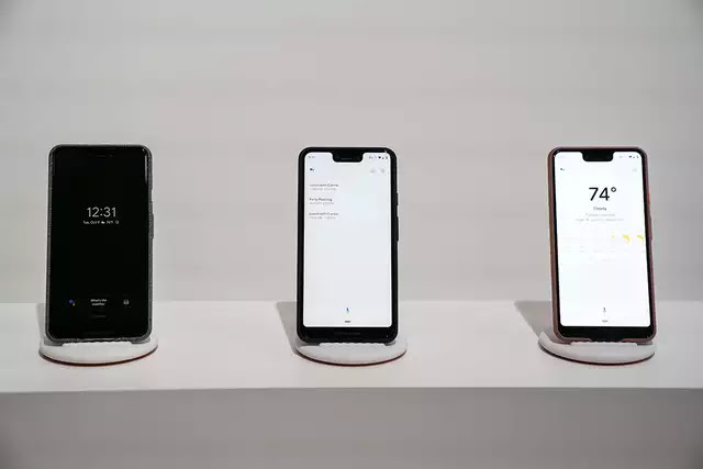Google Pixel 3 XL vs Huawei P20 Pro: How Google's new big-screen Pixel phone compares to world's first triple camera phone