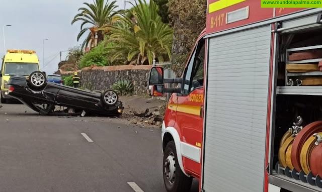 Volcó un vehículo ayer en Villa de Mazo
