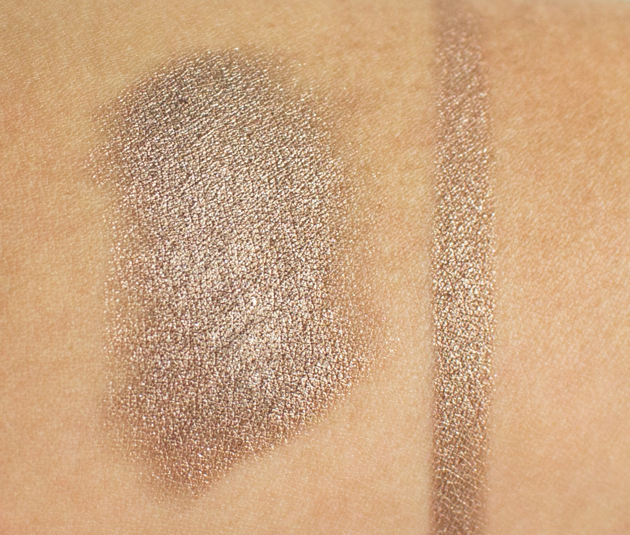 KIKO Milano Long Lasting Stick Eyeshadow in Golden Brown Swatch