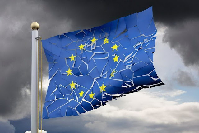 Brexit: Σκοτεινιάζοντας στην Ευρώπη…