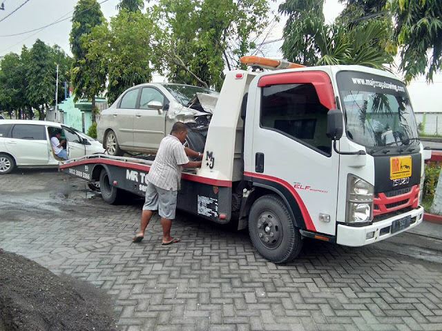 Harga Derek Mobil Surabaya