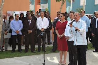 Presidentes Medina muestra a su homológo de Honduras La Nueva Barquita y Ciudad Juan Bosch