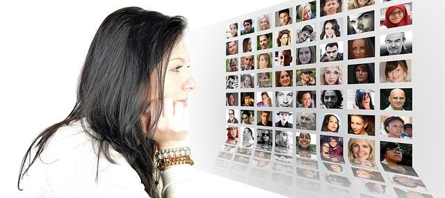 pertemanan di media sosial; memaksimalkan pertemanan;