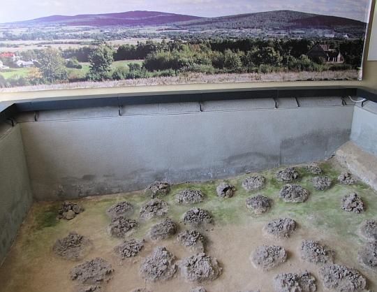 Pozostałości żużla w miejscach, gdzie wytapiano żelazo w dymarkach
